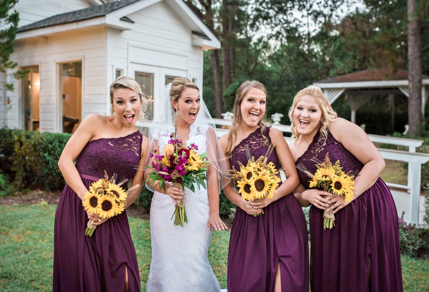 Bridesmaides with Bride