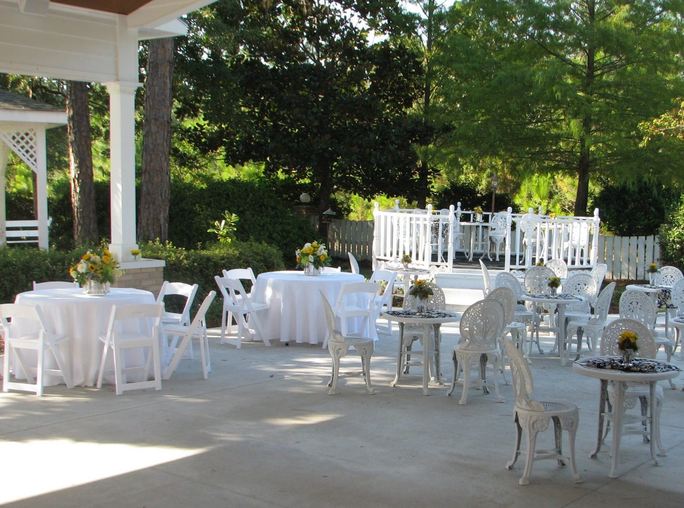 OUTDOOR SEATING for Reception