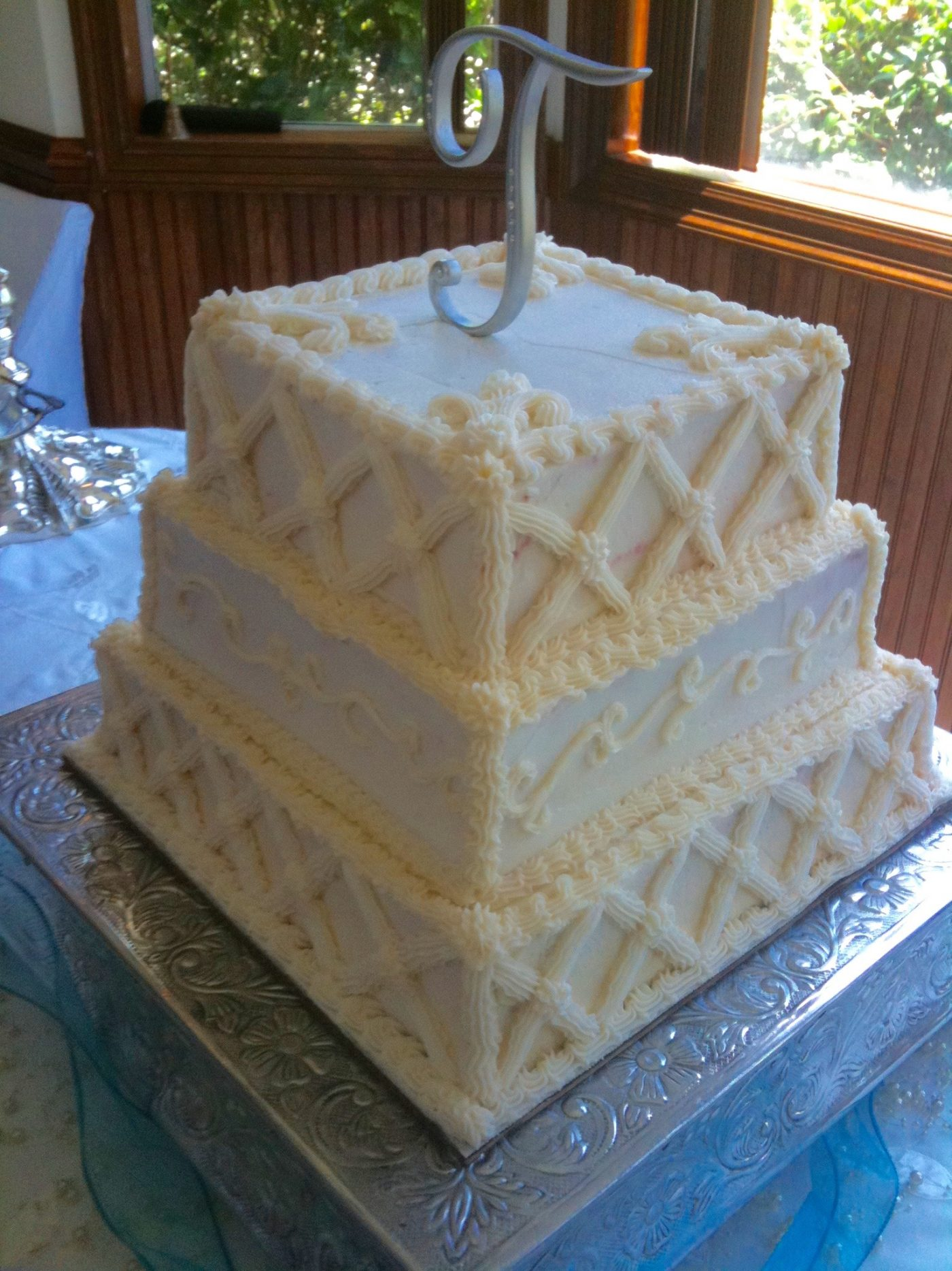 Square Bride's Wedding Cake